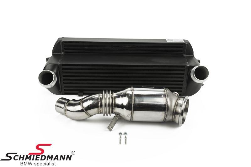 Wagner Tuning Germany Performance-Package til N20 motorer, bestående af en highflow downpipe m. sportskat. 200cells + en upgrade intercooler