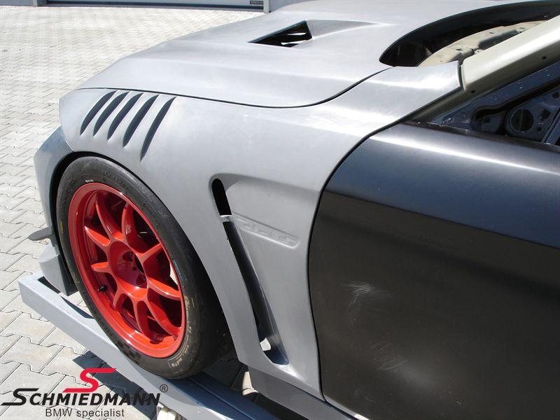 Motorhjelm -GTR- dobbelt ventileret med powerdome ægte carbon, original Flossmann Germany