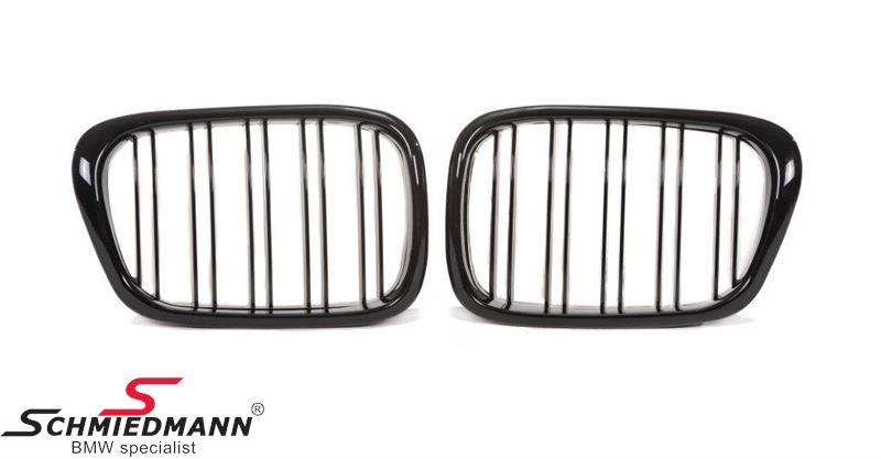 Nyrer sæt komplet højglans sorte med dobbelte grill-ripper i facelift design